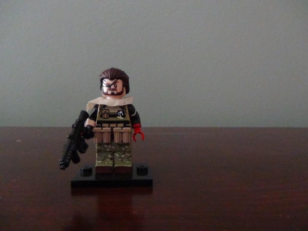 Lego Big Boss Mgsv Venom Snake As He Appears In Metal Gear Flickr