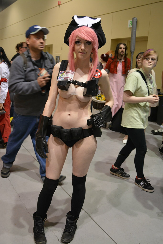 Sexy cosplay girls public — img 8