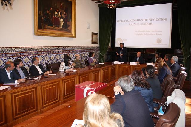 Público asistente a la IV Ronda del Foro de Embajadores sobre las oportunidades de negocio con Ecuador.