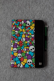 My colorful skulls mini iPad cover