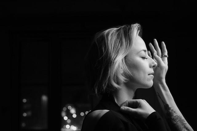 Karine Vanasse X Elisa C-Rossow - making of Maïna Militza
