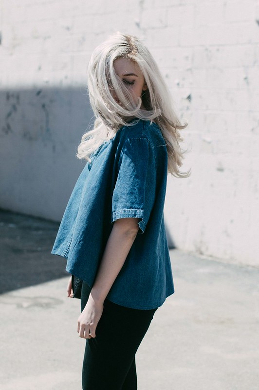 denim shirt and silver hair on juliettelaura.blogspot.com