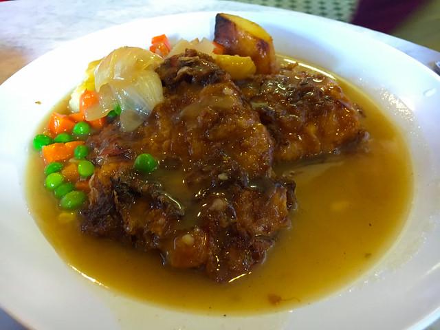 yut-kee-chicken-chop