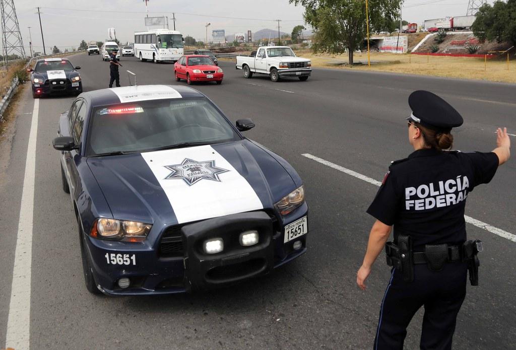 POLICIA - Galeria  Policia Federal  - Página 4 27839995304_7d4e0f1c58_b