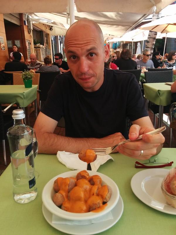 Las Palmas de Gran Canaria | La Oliva Restaurante | Papas arrugadas y Javier
