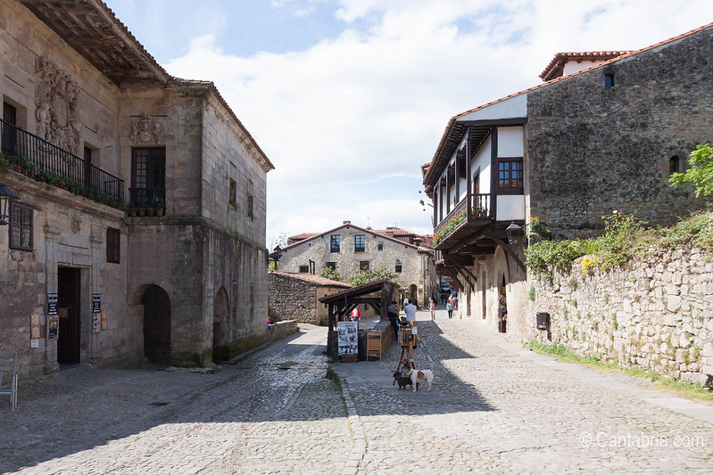 Santillana del mar abril 2015-18.jpg