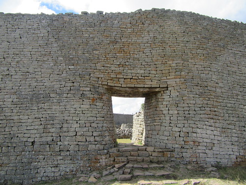 Great Enclosure entrance Great Zimbabwe | by amanderson2