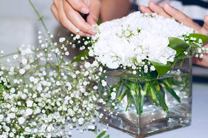 como crear centros de mesa con flores naturales