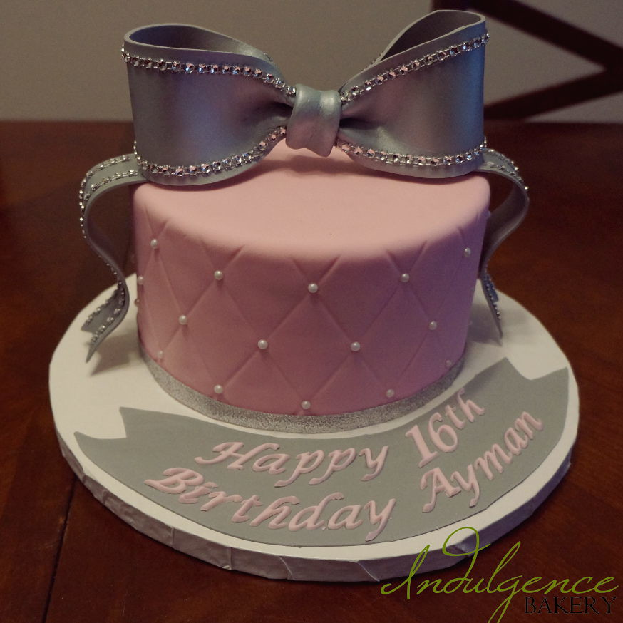 Pink And Silver Bow Birthday Cake Sara Miles Flickr