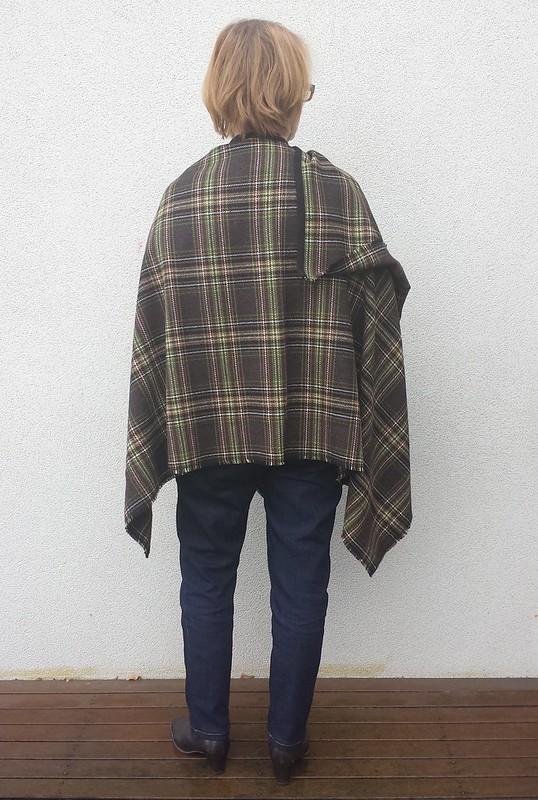 Ruana / blanket wrap