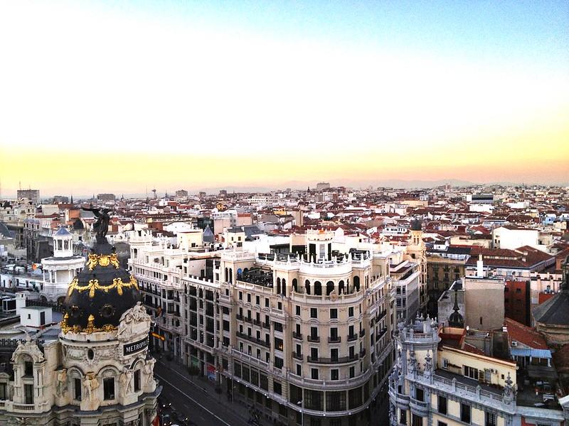 Con un día en Madrid- no evites ver la ciudad de arriba. Esta es la terraza de Círculo de Bellas Artes.
