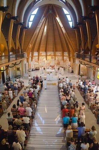 Sarbatoare la Sanctuarul Fecioarei Maria de pe Muntele Carmel