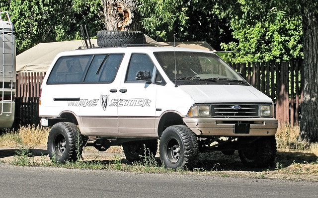 Ford E350 4x4 >> cars on 4x4 truck frames | Flickr