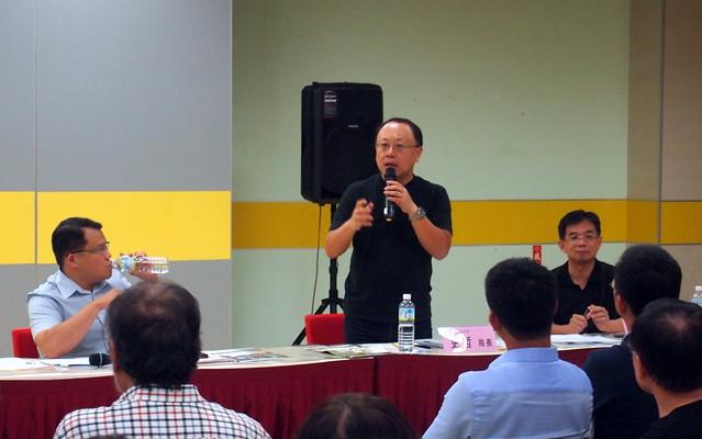 史哲首度出席民間舉辦的論壇,與反對方辯論李科永紀念圖書館問題。攝影:李育琴