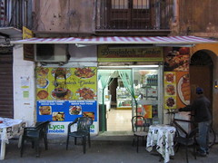 2015-sicilia 09 palermo-indian fast food
