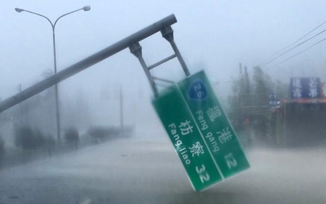 13日莫蘭蒂颱風來襲,真實天然災害來臨對核三廠的應變考驗比核安演習來得大。圖片來源:屏東縣政府