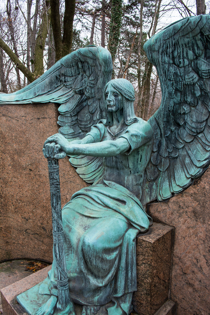 Right Detail Angel Of Death Victorious By Herman Matzen