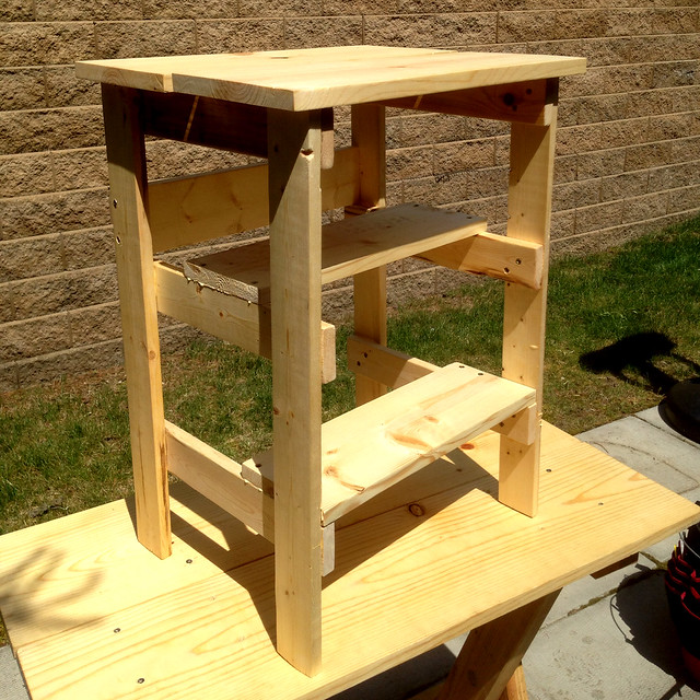 Ridiculously Simple Shop Stool completed