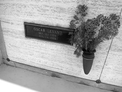 15.35.58 Oscar Levant