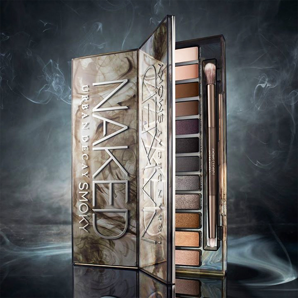 Urban Decay Naked Smoky Palette Review, Photos, Swatches
