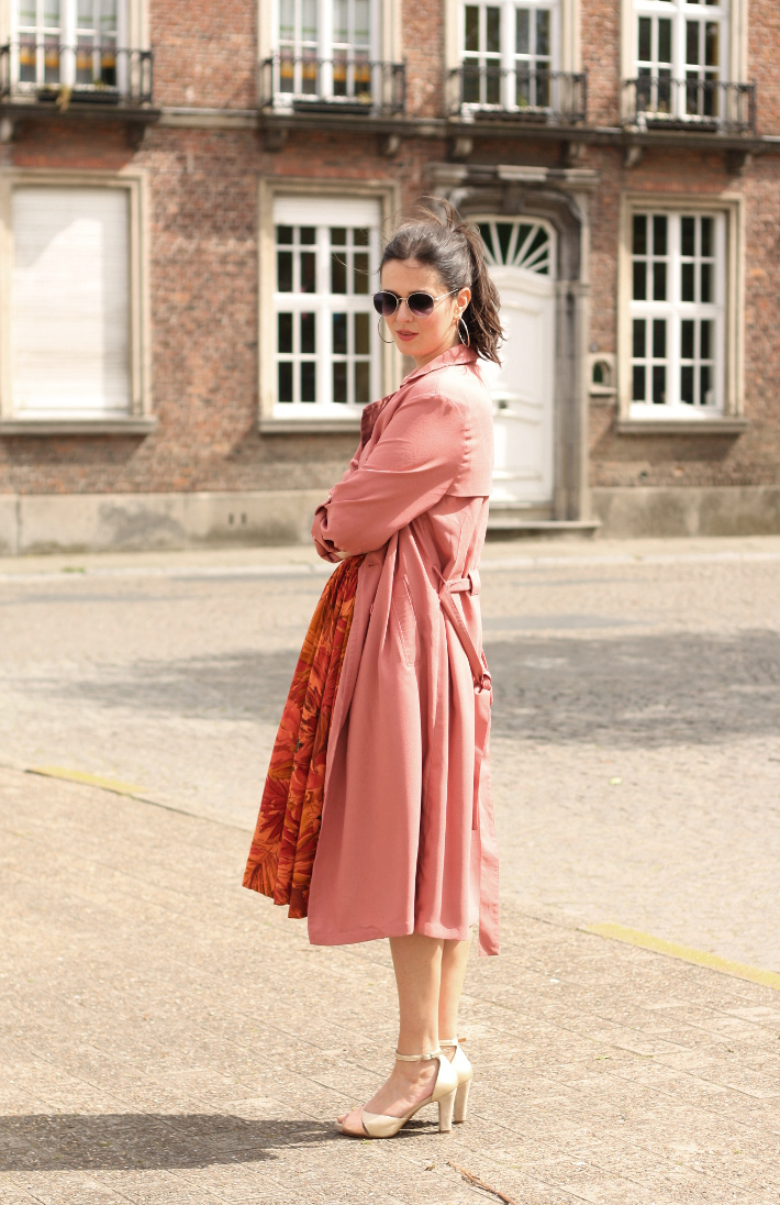 outfit: pink trench coat, gold peep toes
