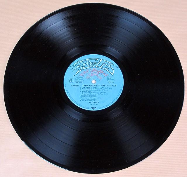 "EAGLES THEIR GREATEST HITS 1971-1975 DE 12"" LP VINYL"