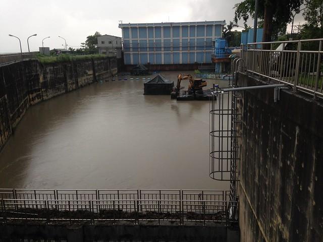 濁度過高是高屏溪攔河堰管理中心自從八八風災後面對的難題。攝影:廖靜蕙