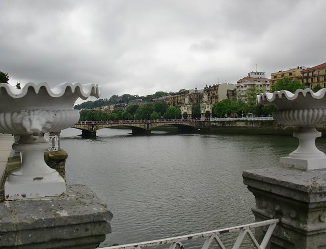 Puente de Mª Cristina