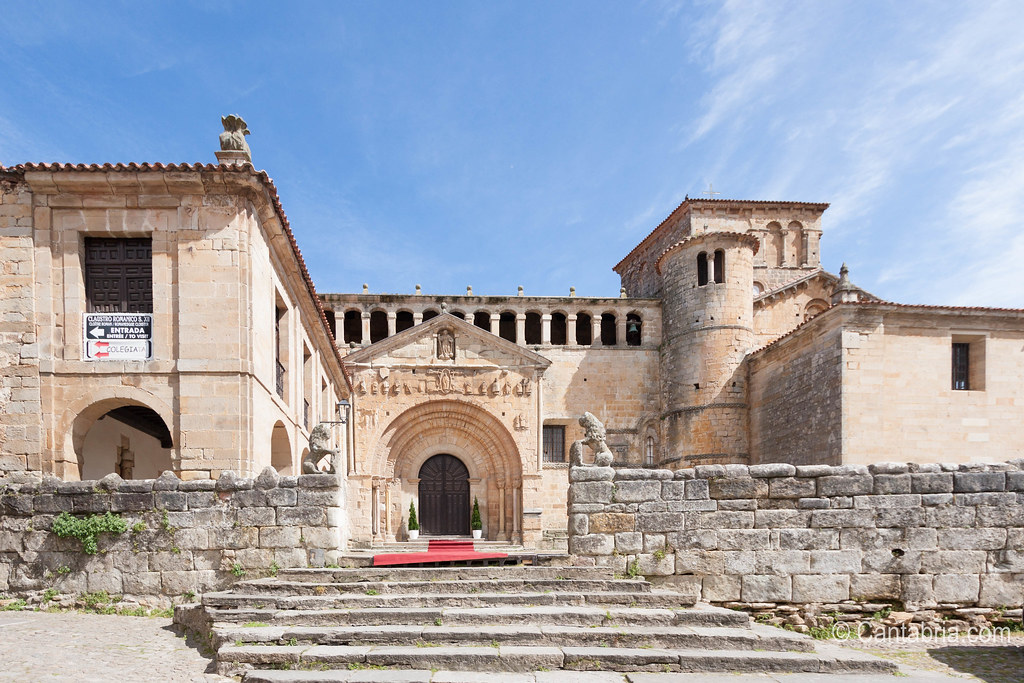 Santillana del mar abril 2015-28.jpg