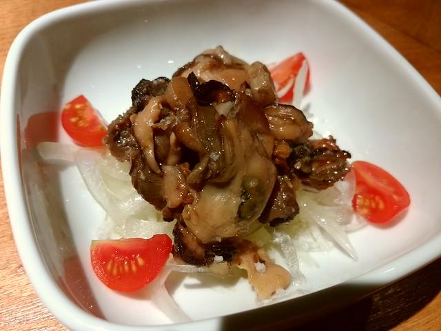 広島産牡蠣のオイル漬け@八咫 新宿三丁目店