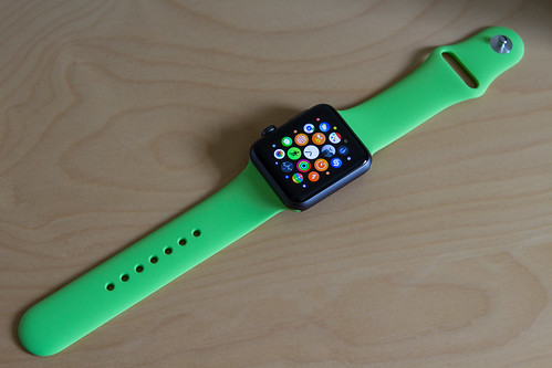 Apple Watch - Green Sport Band | Apple Watch 42mm Space ...