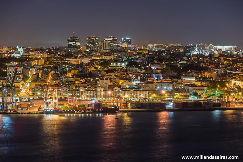 La ciudad de Lisboa de noche