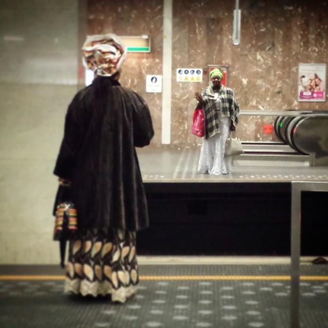 'Metro conversation' - #Brussels #Belgium 2015 #metro #photography #gossip #people #street #urban #underground #subway