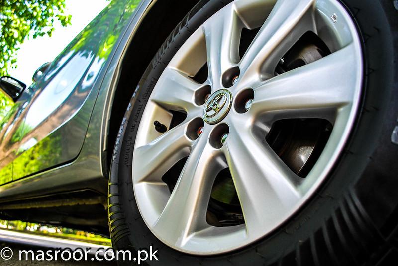 11th Generation Toyota Corolla Pakistan - 17452674863 e3e3717992 c