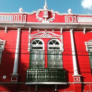 Inspiring #window in #saoluis #maranhão #brasil #brazil #brazilian #architecture #colonial #red #deodoro
