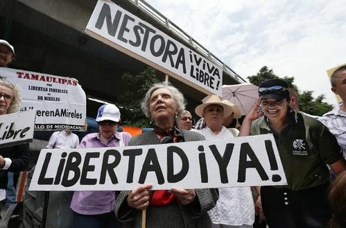 Poniatowska marcha por la liberación de Nestora Salgado