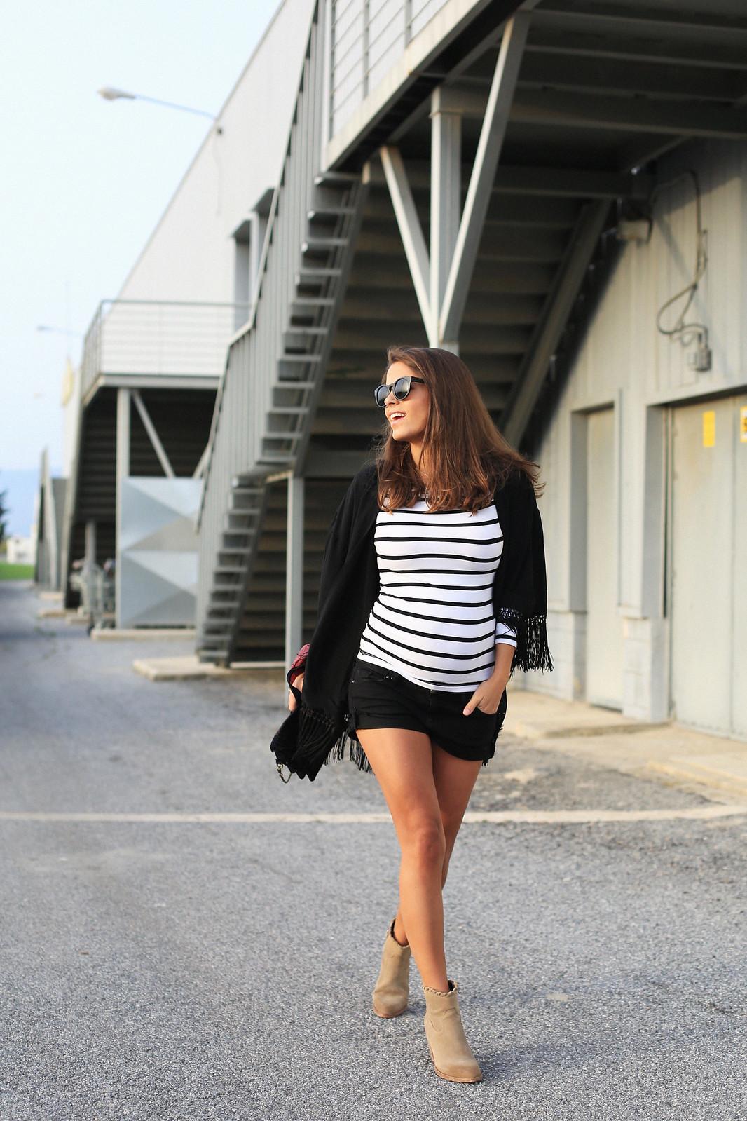 jessie_chanes_seams_for_a_desire_black_kimono_striped_top_off_shoulders_10