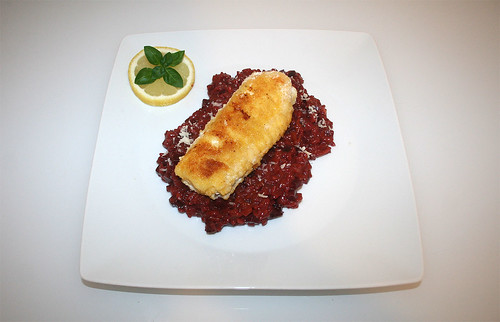 46 - Beetroot risotto with spined loach filet - Served / Rote Beete Risotto mit Steinbeißerfilet - Serviert