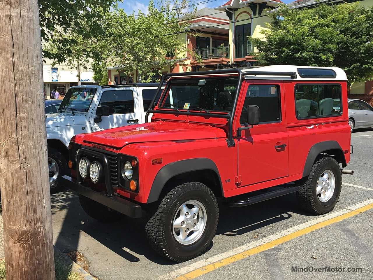 Land Rover Defender in Rehoboth Beach, Delaware