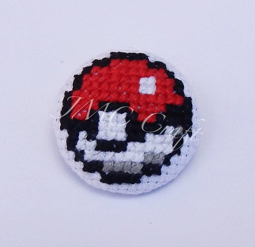 Geeky gaming cross-stitch by JMC Craft - Pokeball