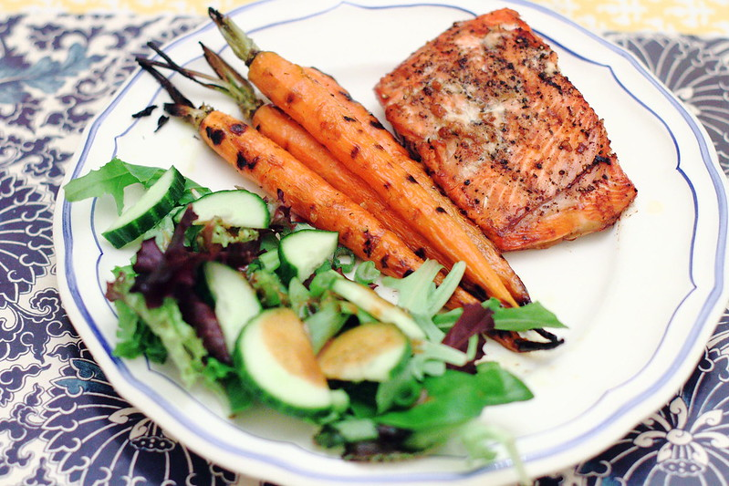 Belated Sunday Dinner: Soy Ginger Salmon and Spicy Glazed Carrots