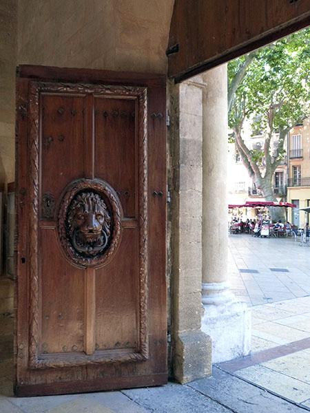 porte d ela mairie