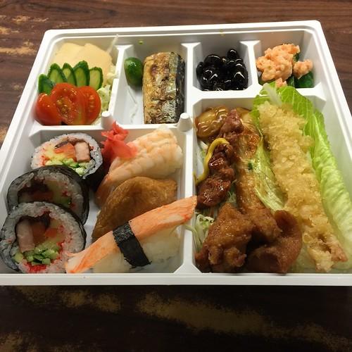 推薦高雄松江庭吃到飽日本料理餐廳平價的日式便當外送服務 (34)