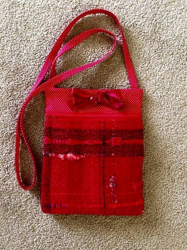Zippered bag of Saori handwoven fabric.