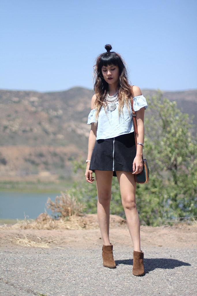 PacSun Kylie Kendall Jenner Crop Top, Motel Rocks Skirt, Turkish Coin necklace, Zara boots, Rumba watch