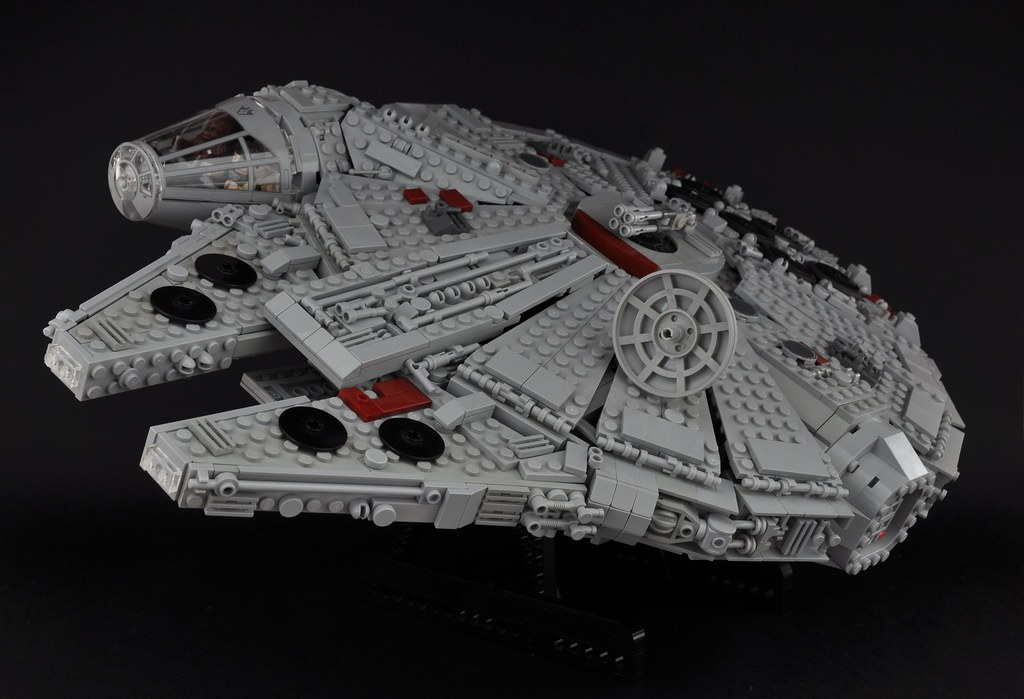 Millennium Falcon Exterior 1 Dont Worry Shell Hold Flickr