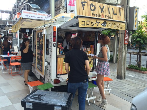2015-05-01 Food truck BKK (10)