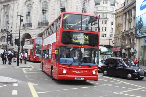 London United TLA30 SN53KJO