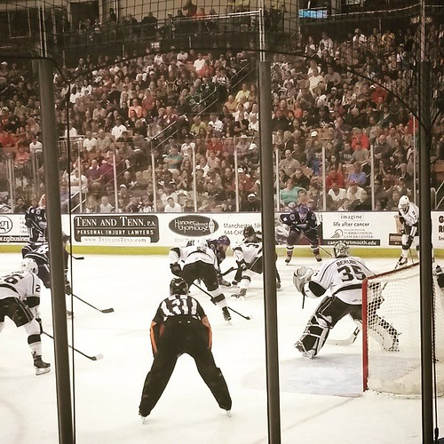 Let's go Monarchs! #caldercupplayoffs #ahl #manchvegas #caldercuporbust #monarchs #hockey