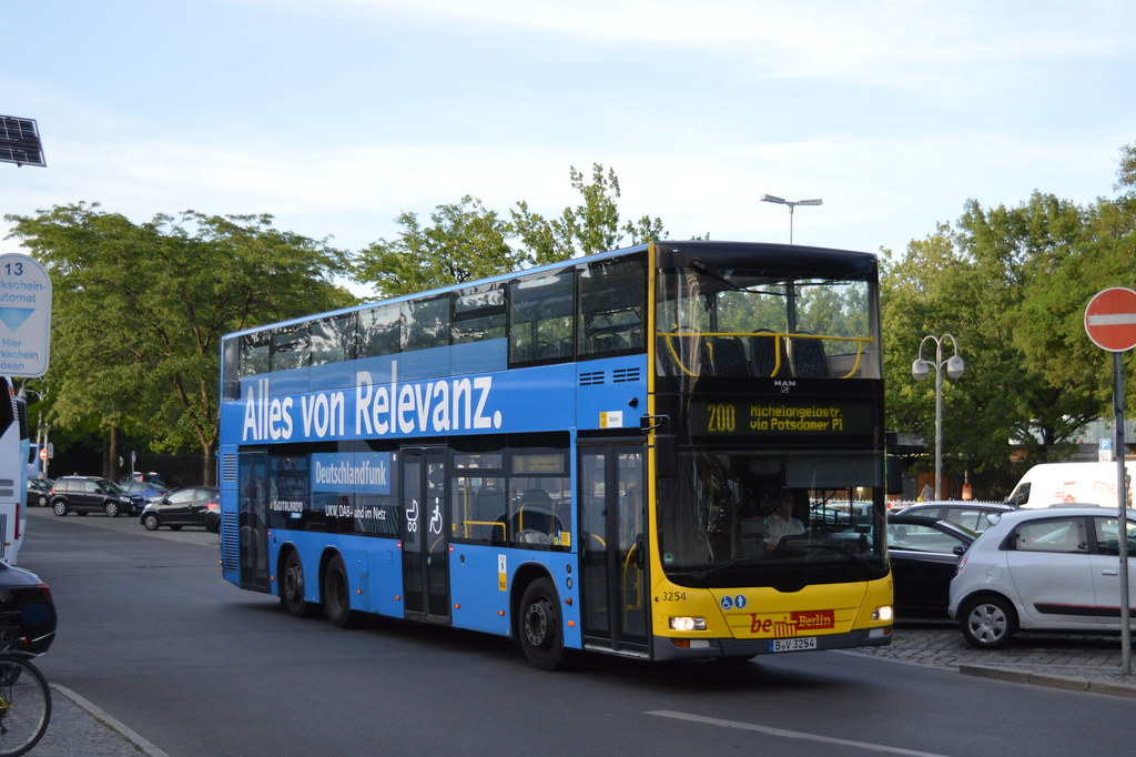 Bvg3254 Route 200 Berlin Pretty Much The Last Decent P Flickr